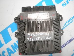 Centralina motore Peugeot  Expert  2.0   16 v   2006