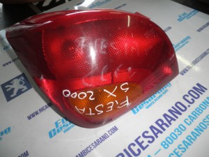 Stop Sinistro  Ford   Fiesta 2000