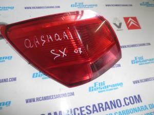 Stop sinistro  Qashqai  2007